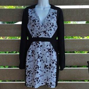 BCBGMAXAZRIA  BLACK AND WHITE Mini Dress size 2
